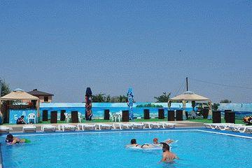 Бассейн отеля