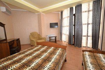 Отель Плаза в Витязево