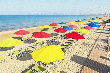 Пляж отеля Довиль в Анапе - Все включено!