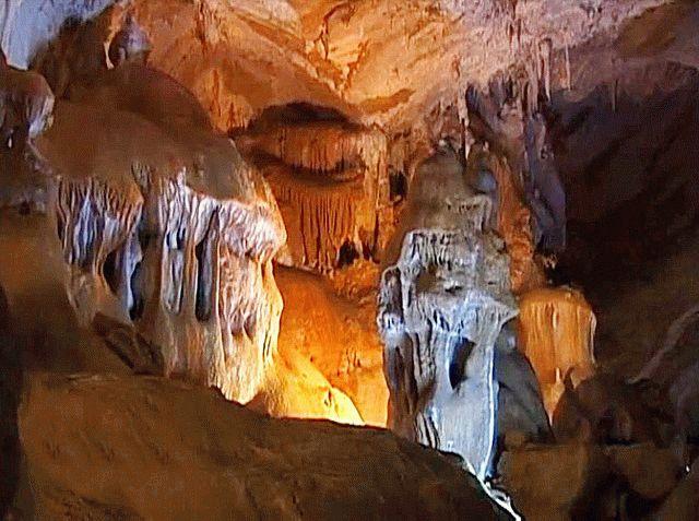 Пещера Мраморная в Крыму