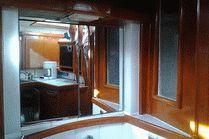Американская штормовая яхта в Анапе