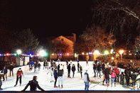 Ледовый каток в Анапе