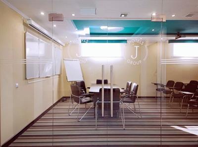 Конференц-зал в отеле «Голубая Лагуна» в Анапе