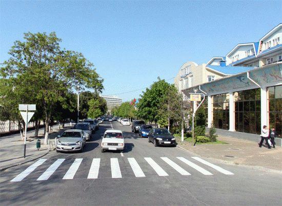 Улица Калинина в Анапе