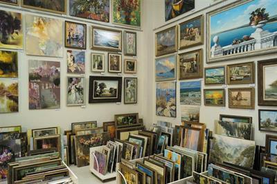 Художественная галерея «Белый Квадрат»