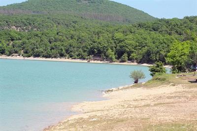 «Голубое» озеро, более известное, как озеро Сукко