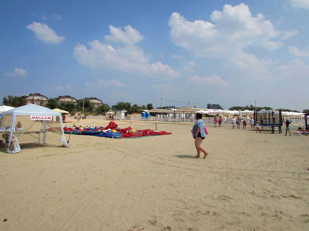 Пляжи курортного поселка