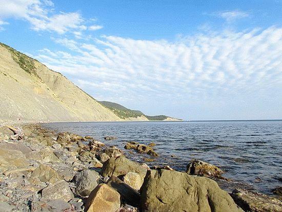 Каменистые пляжи в Анапе