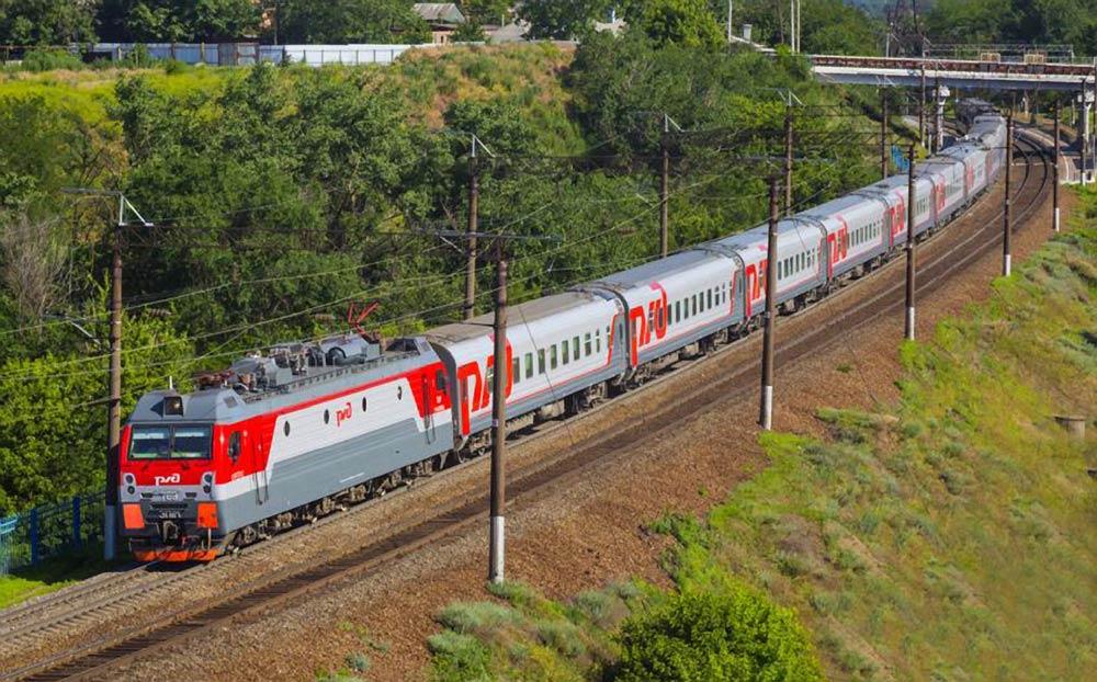 Поезд Анапа - Москва
