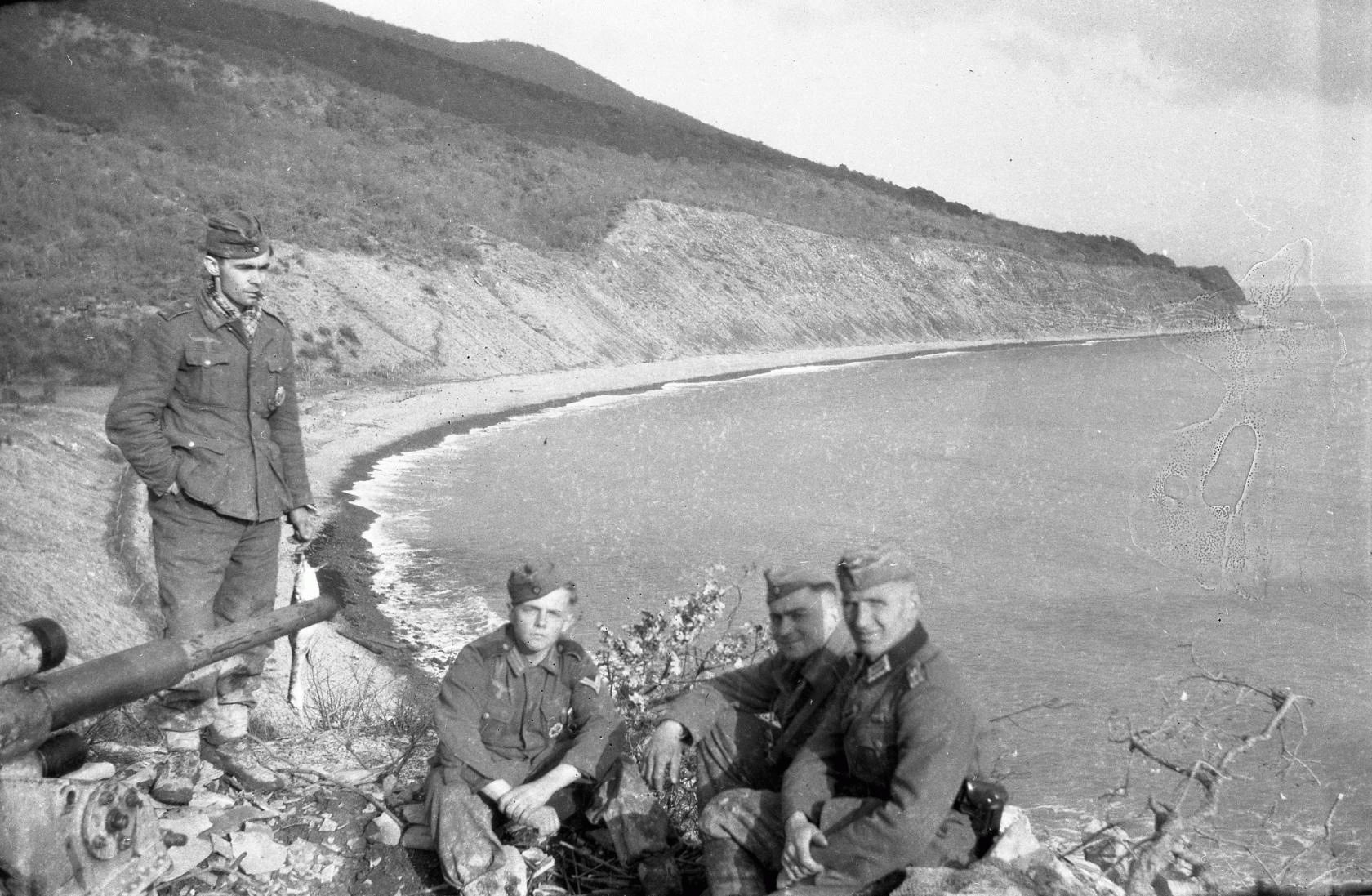 Немецкик солдаты рядом с Анапой в ВОВ