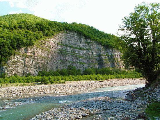 Экскурсия в долину реки Аше
