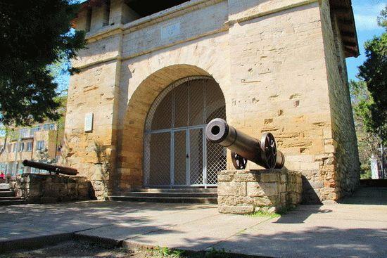 Достопримечательность курорта - Русские ворота