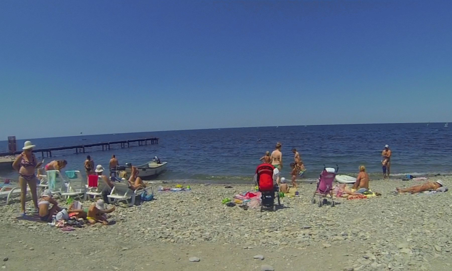 Галечный пляж в Анапе