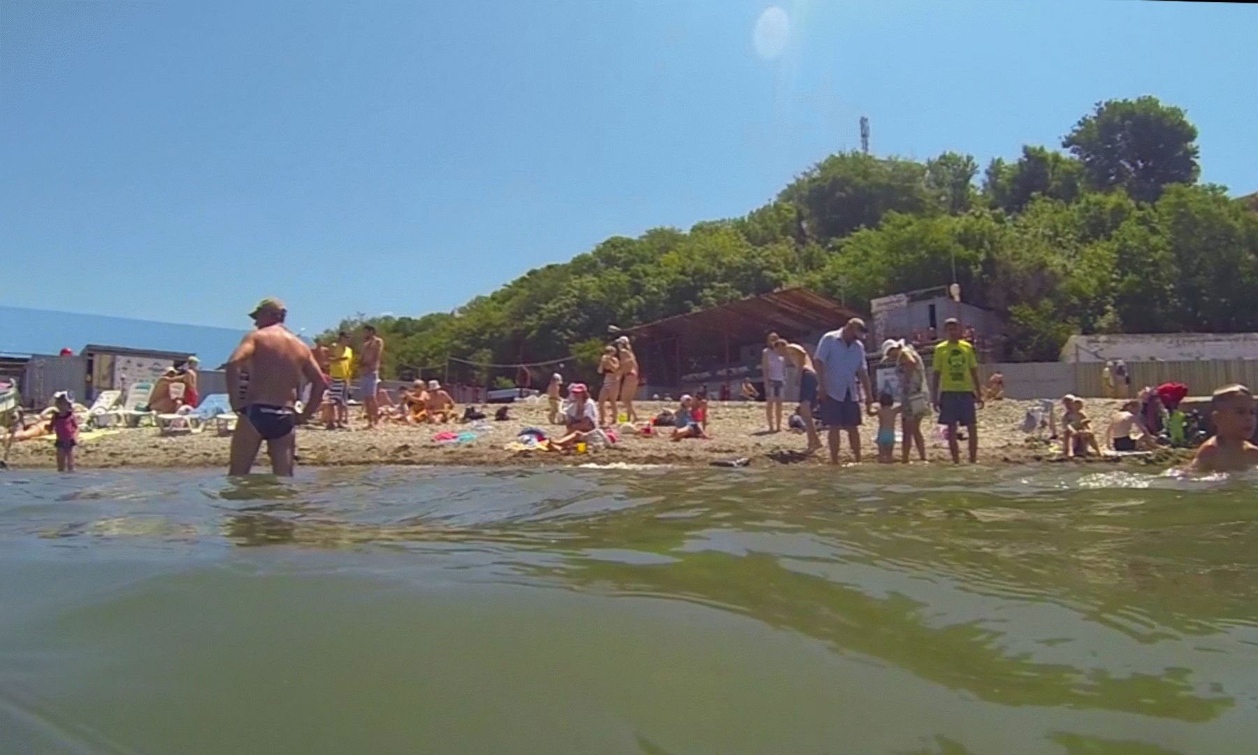 Пляж у серфстанции в Анапе