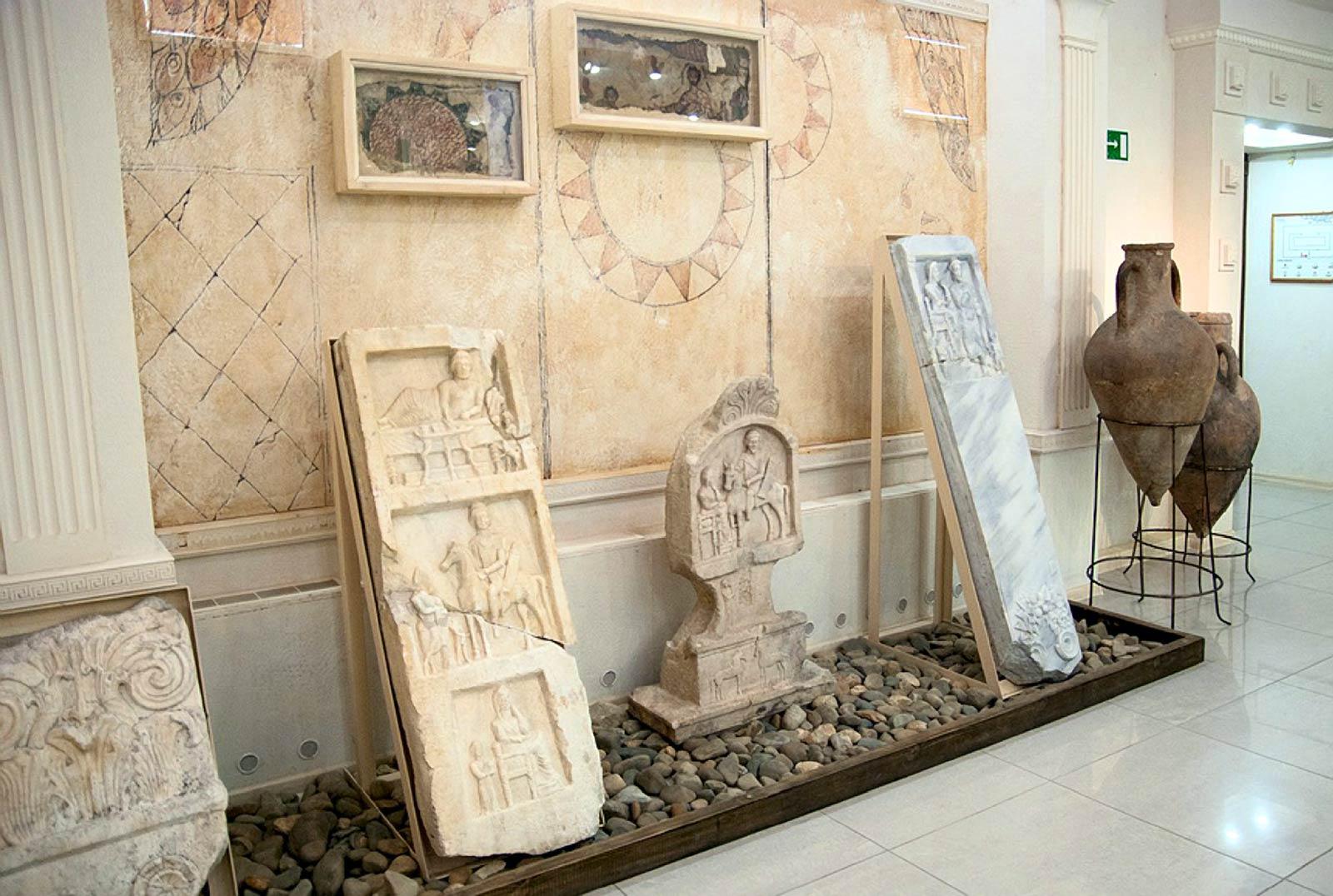Древности из Горгиппии