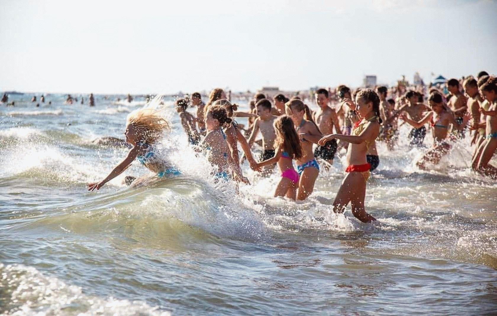 Плавающий пляж фото