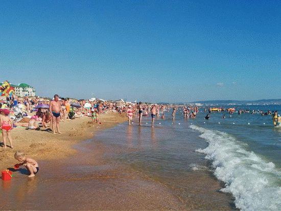 Море в Витязево в июле