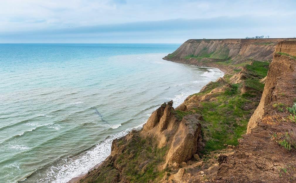 Мыс Железный рог на Черном море