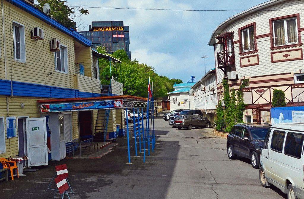 Переулок у моря в Анапе