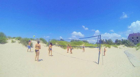 Песчанные барханы на берегу моря в Анапе