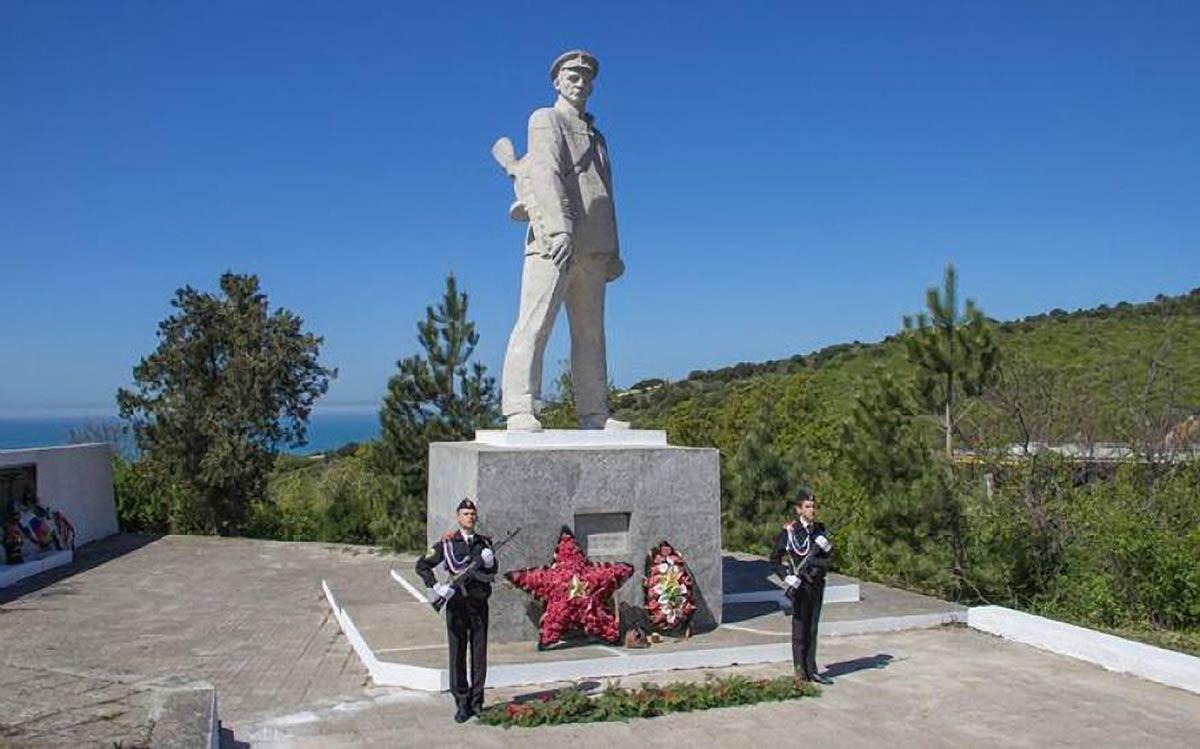 Подвиг капитана Д. С. Калинина
