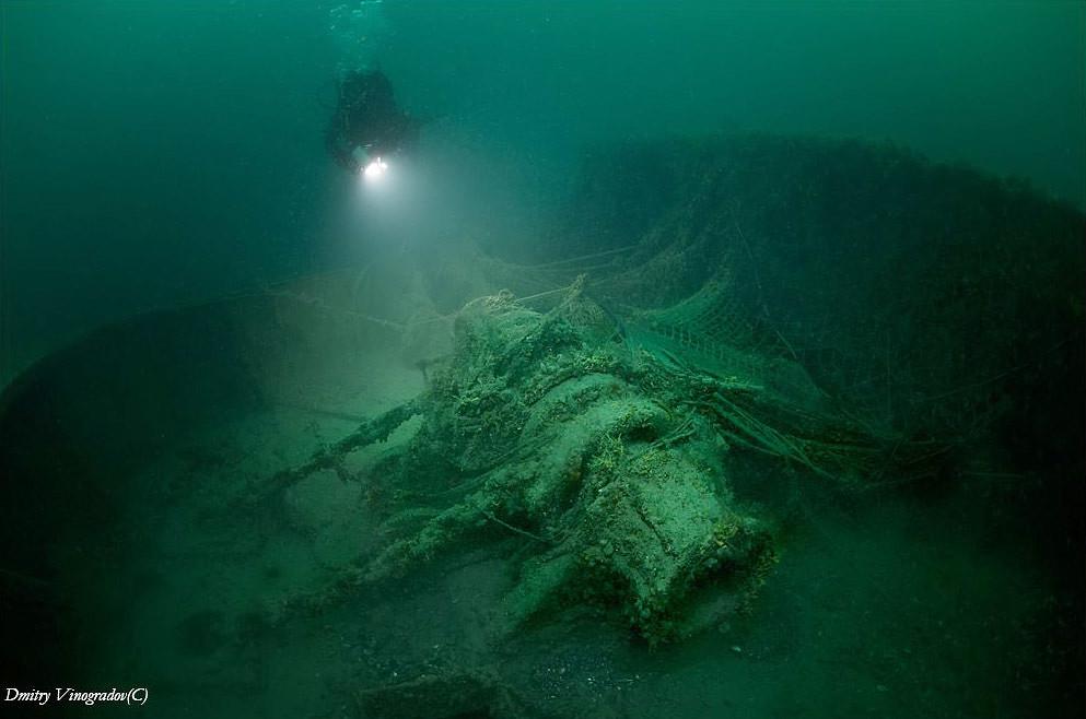 Затонувшее судно на Черном море