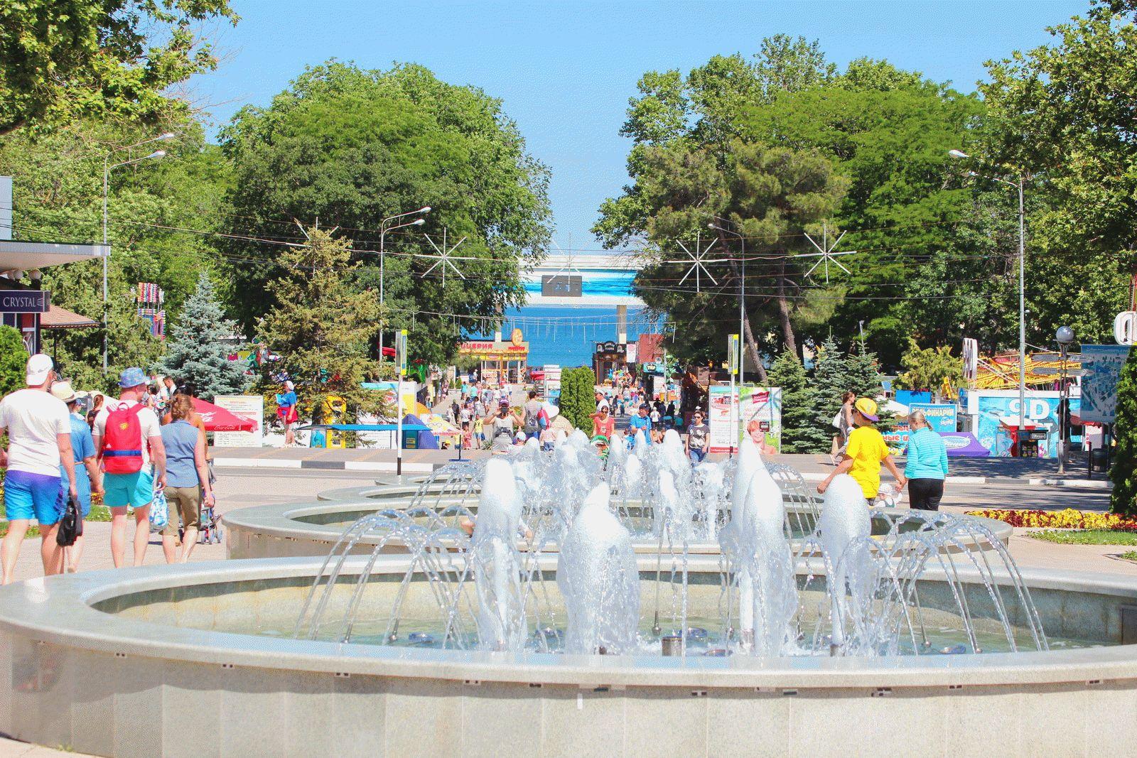 Город-курорт Анапа в июне месяце