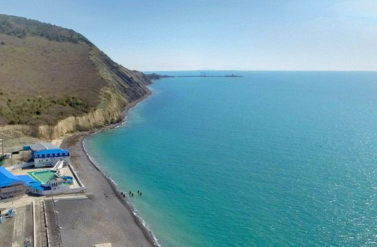 Галечный пляж в Сукко