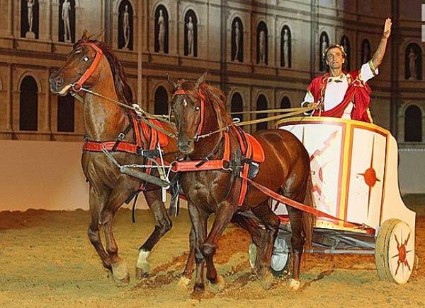 Конно-историческое шоу Рим в Абрау Дюрсо