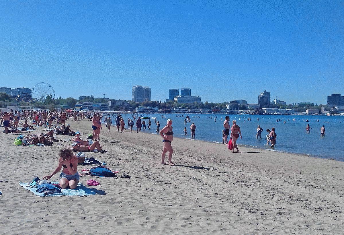 Пляж Анапы в сентябре