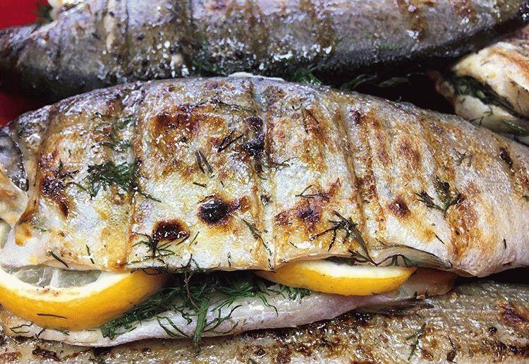 Рыба на мангале в Анапе
