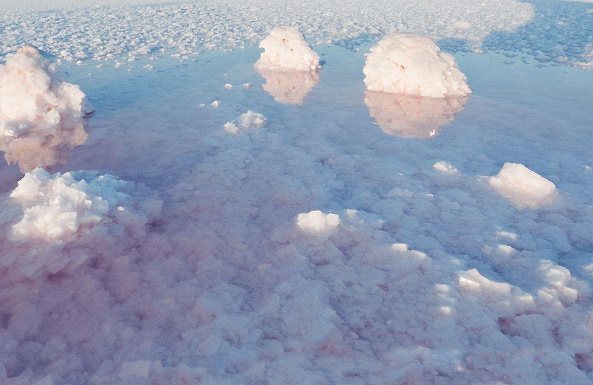 Соленое озеро в Крыму