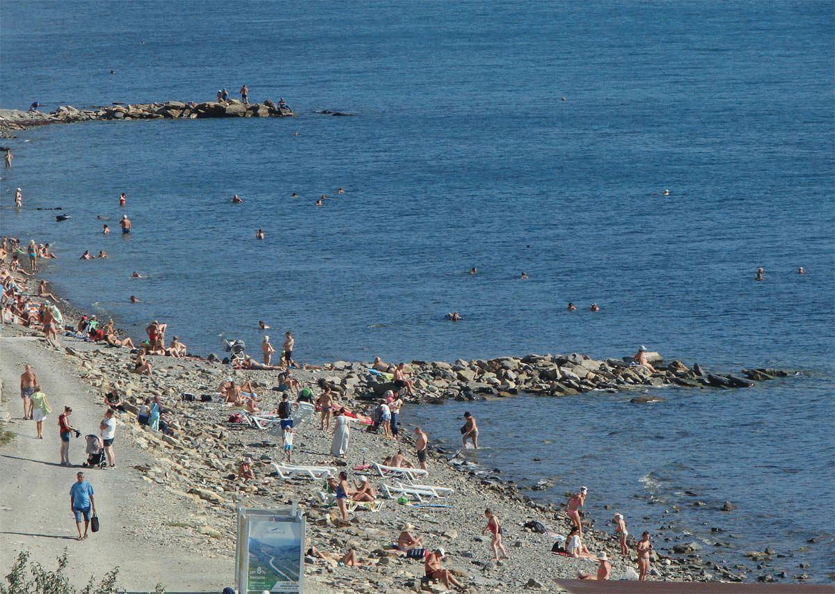 Пляж на Высоком берегу