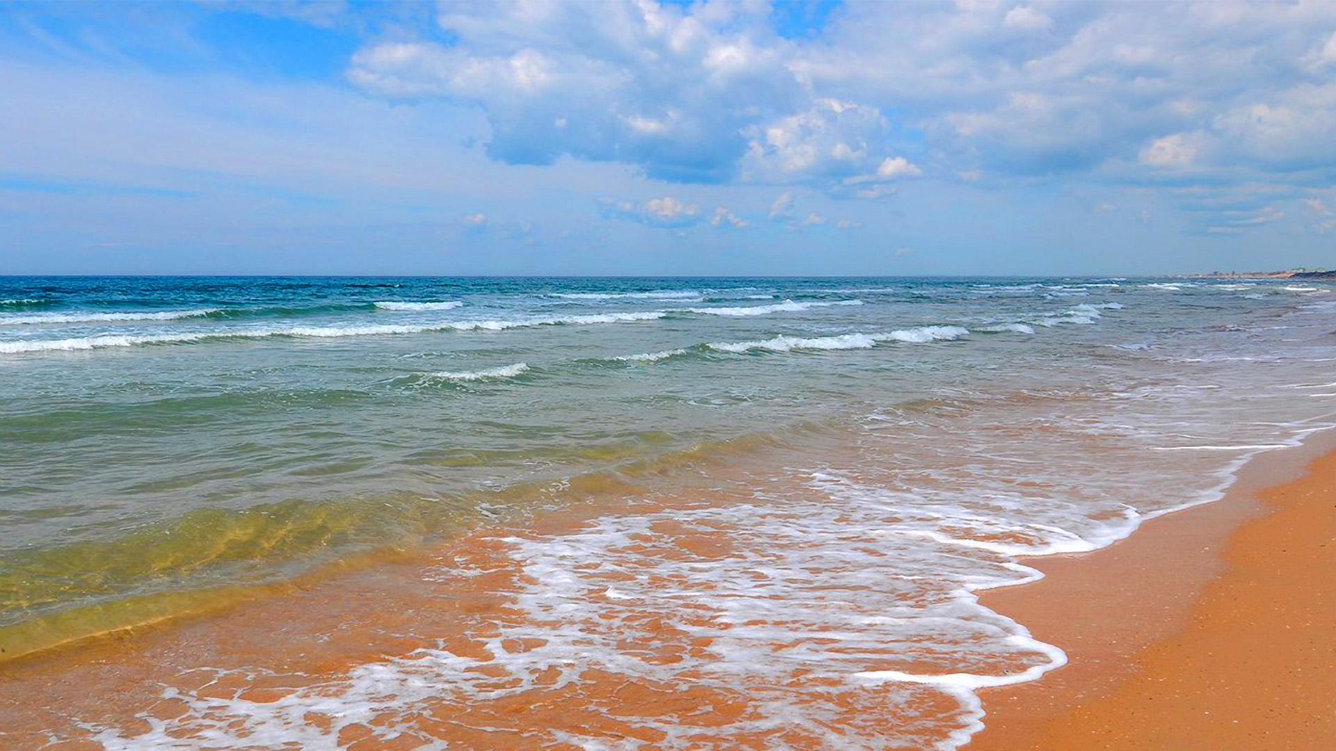 Берег моря в Анапе - обои на рабочий стол