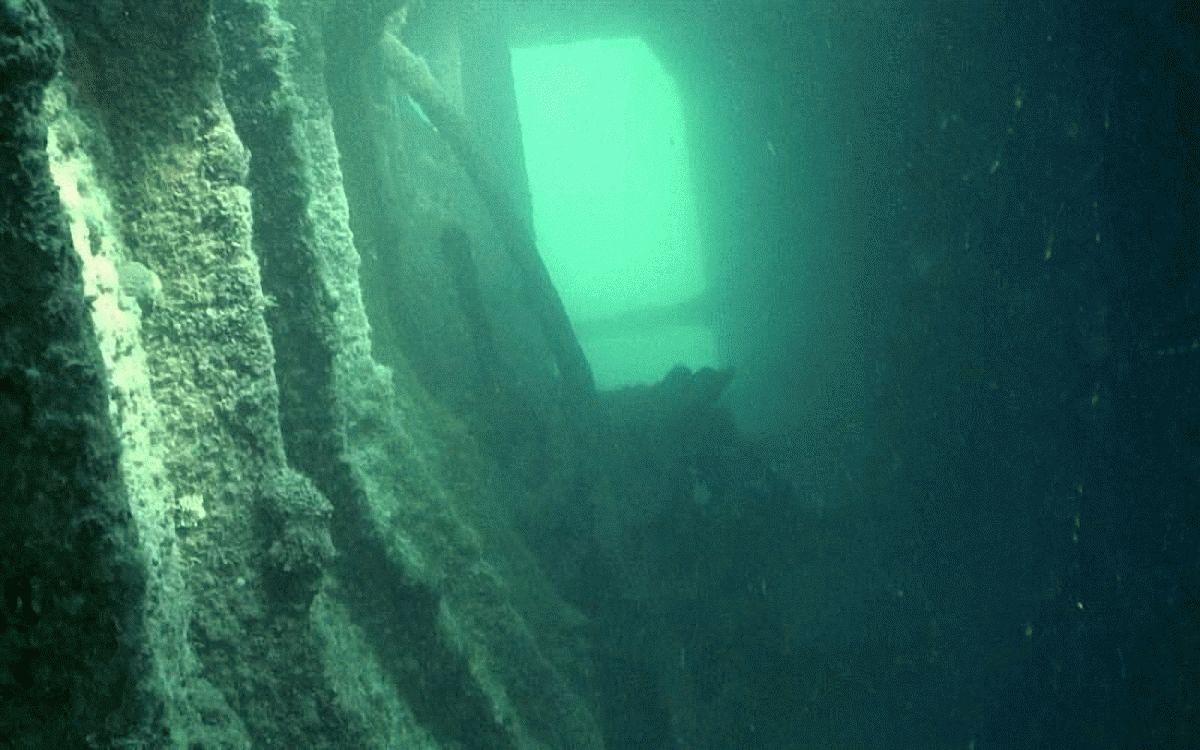 История затонувшего корабля в Витязево