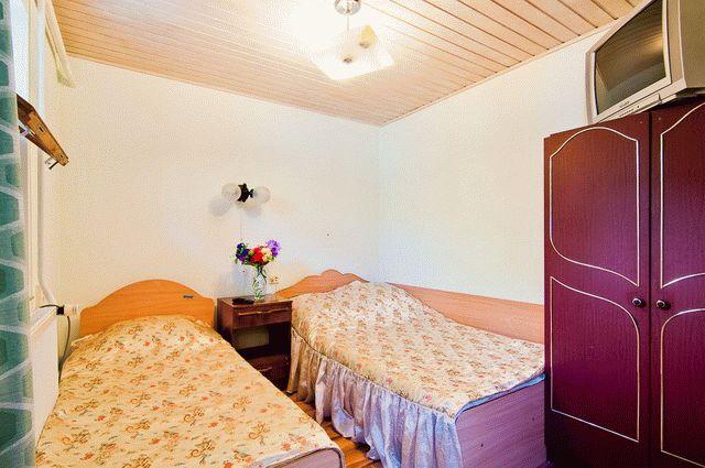 2 комнатный номер с отд.двором