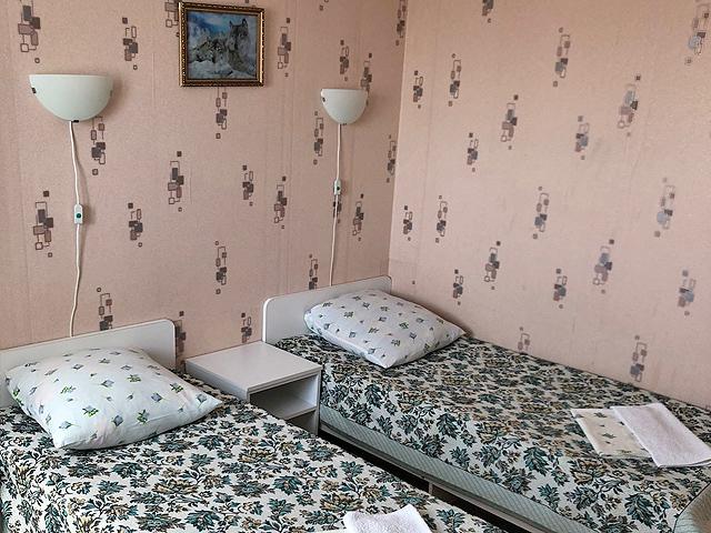Номер в гостевом доме «Чайка» в Джемете
