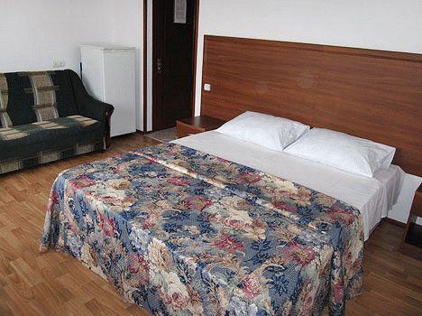 Отель Валенсия в Анапе