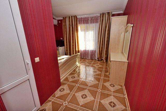 Гостевой дом Рафаэль в Витязево