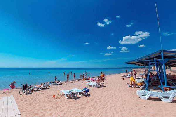 Пляж санатория Гелиос в Евпатории