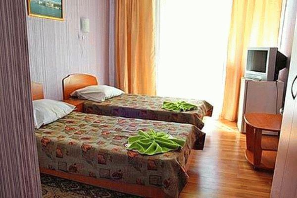 Санаторий Славутич в Алуште