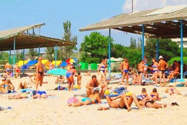 Пляж санатория Приморье в Евпатории