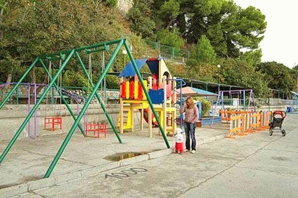 Детская площадка санатория Ай-Петри в Ялте