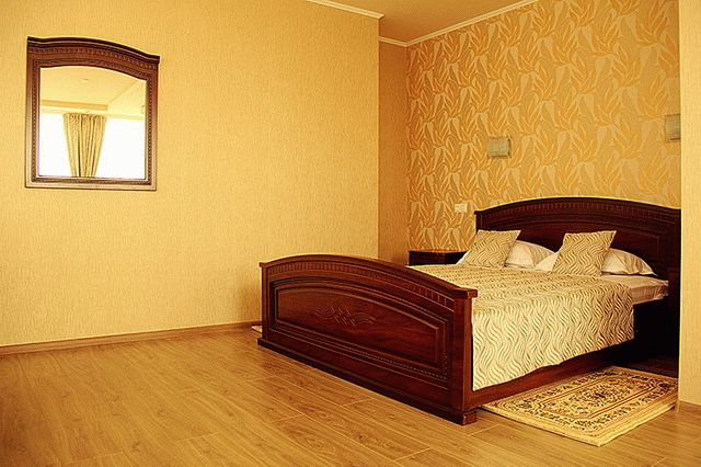 Номер отеля Монарх в Анапе