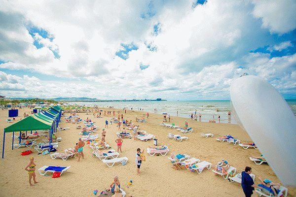 Пляж пансионата Славянка