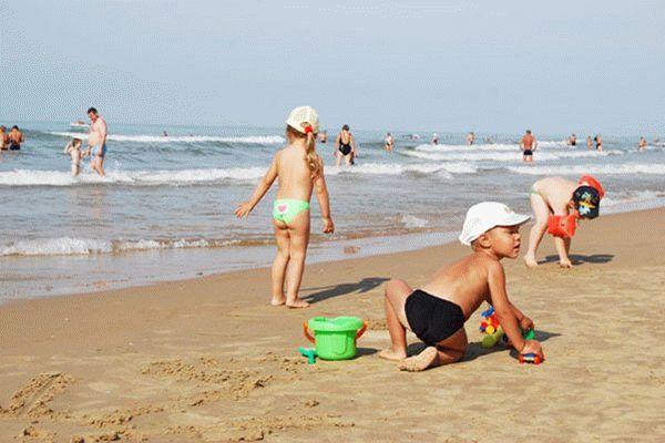 Пляж пансионата Фея-3 в Анапе